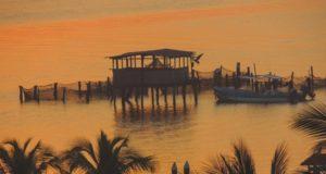 Bahia Navidad un calmo paraje natural al sur de Costalegre