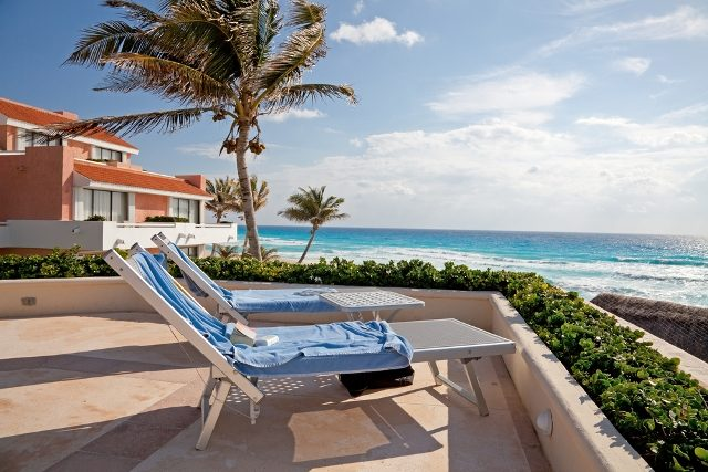 Escape to Cancun for the Perfect Romantic Getaway