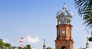 La Corona de Vallarta, una tradicional postal del puerto más mexicano