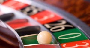 Fanático de los juegos de azar - Ven a probar suerte al Grand Odyssey Casino de Nuevo Vallarta