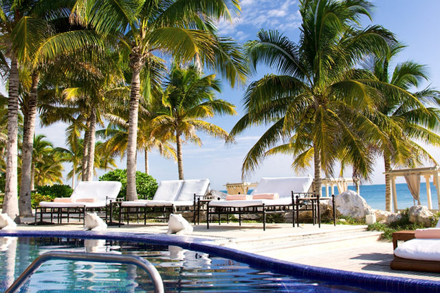 Relaxed and luxurious vacations in Royal Hideaway Playacar