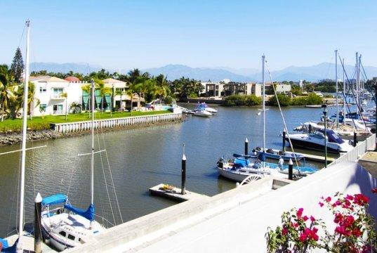 Te gustan los recorridos acuáticos, disfruta 10 kilómetros de canales navegables en Nuevo Vallarta